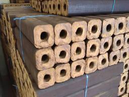 Продам топливные Брикеты Пини Кей (дуб)/ Sell fuel briquettes Pini Kay (oak tree)